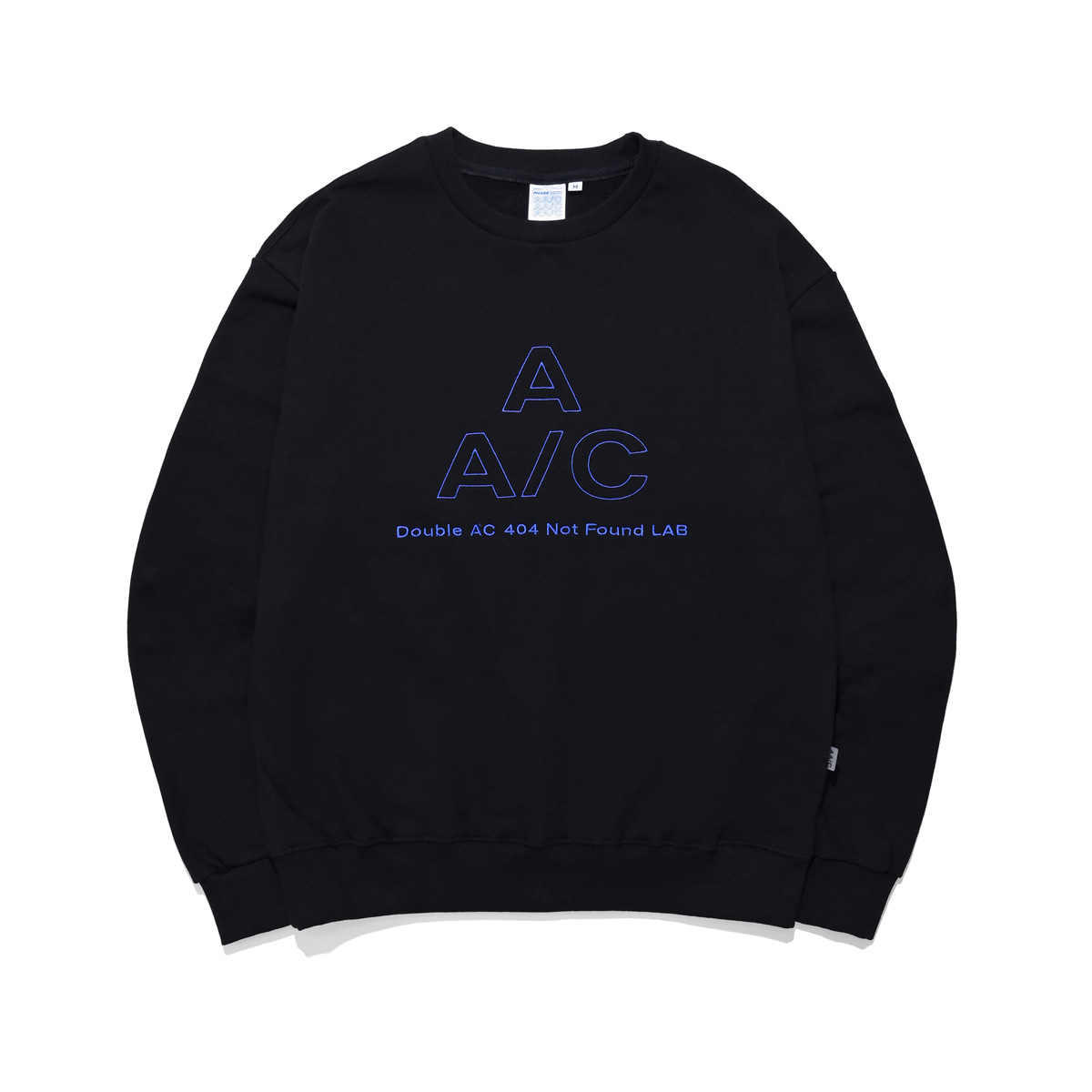 [더블에이씨:AAC] EMBROIDERED LOGO CREWNECK (black)